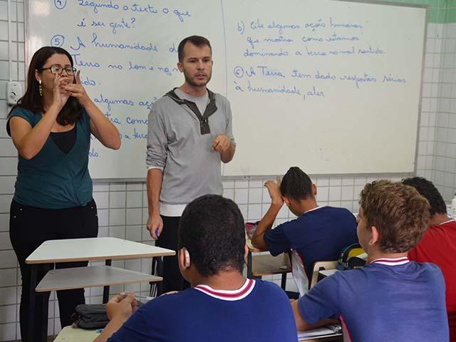 Importância da Libras para professores