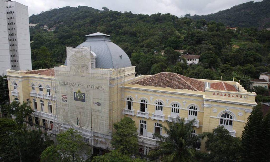 Primeira escola de surdos no Brasil 1857